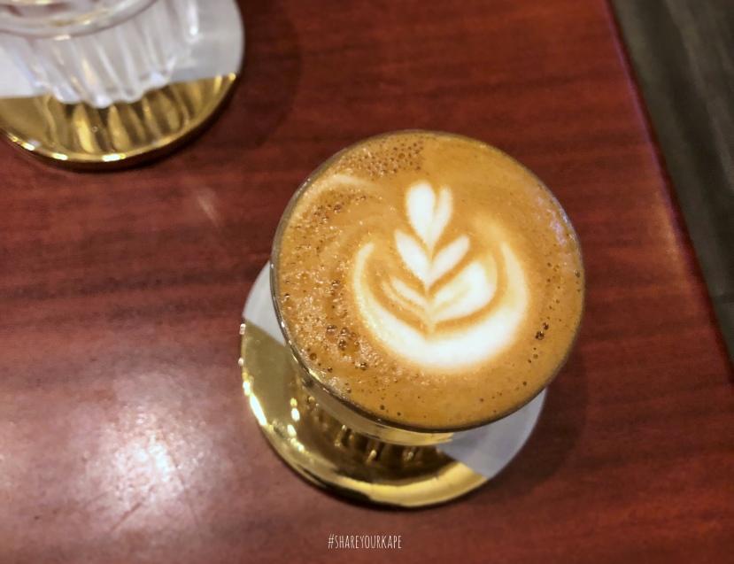 #shareyourkape #uggycafe #specialtycoffeeangono #cafecito #uggycafecafecito