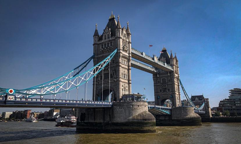#shareyourkape #kapesalondon #towerbridge