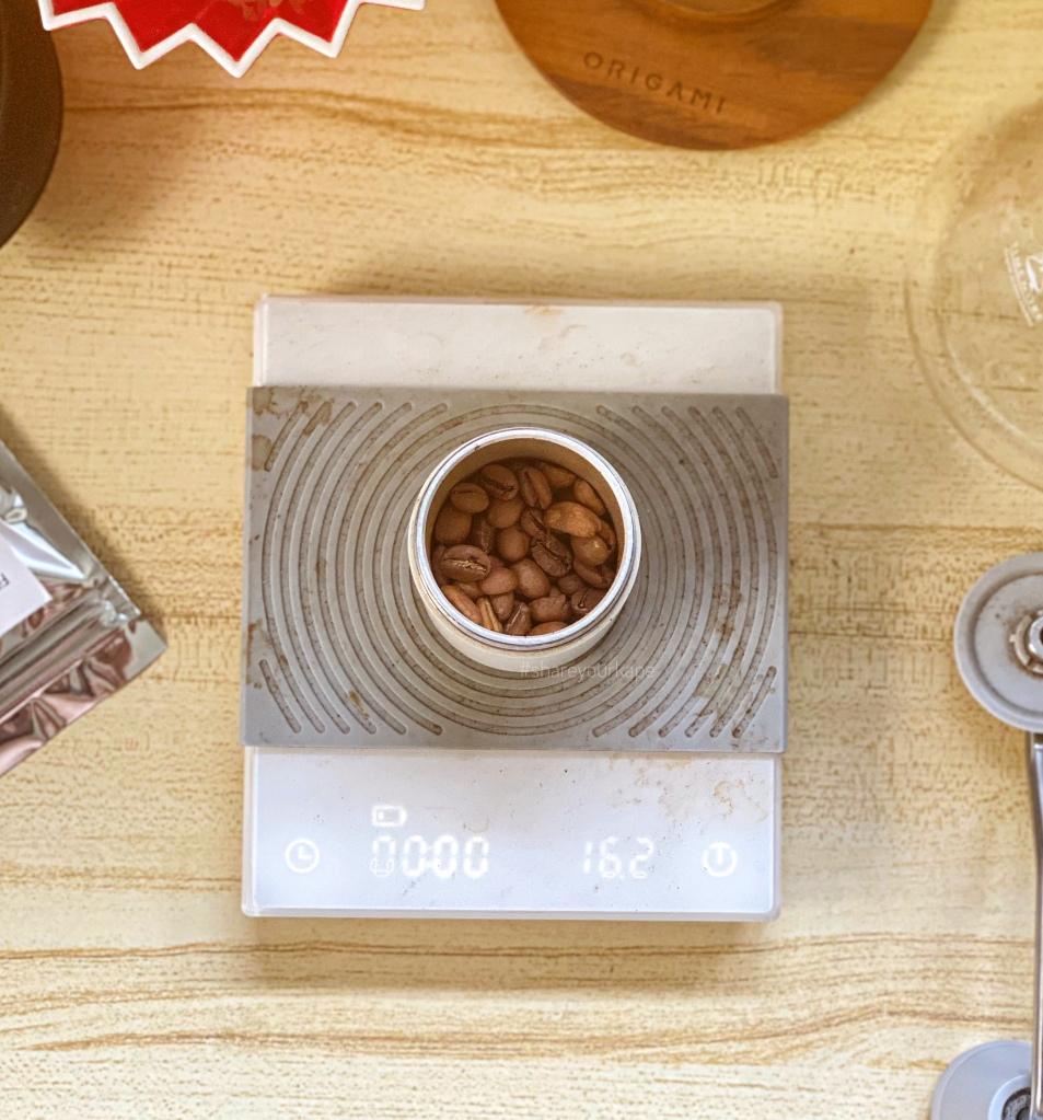 #shareyourkape #prologcoffee #uggycafe